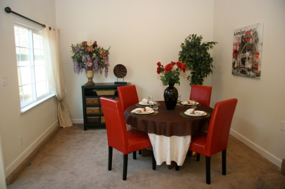Dining Room staged by La Dolce Vita Home Staging